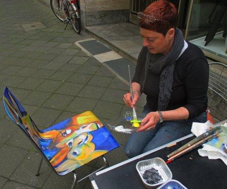 Der Eselstuhl wird gestaltet von Anja Hühn