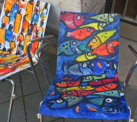 Projekt KUNSTSTUHL - Kunstmüllerei - Stuhl gestaltet von Sonja Zeltner-Müller
